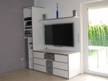 Design TV Möbel weiß mit Alukante